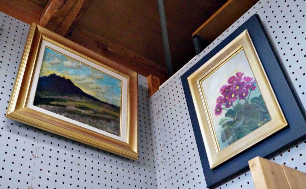 花と景色の絵画
